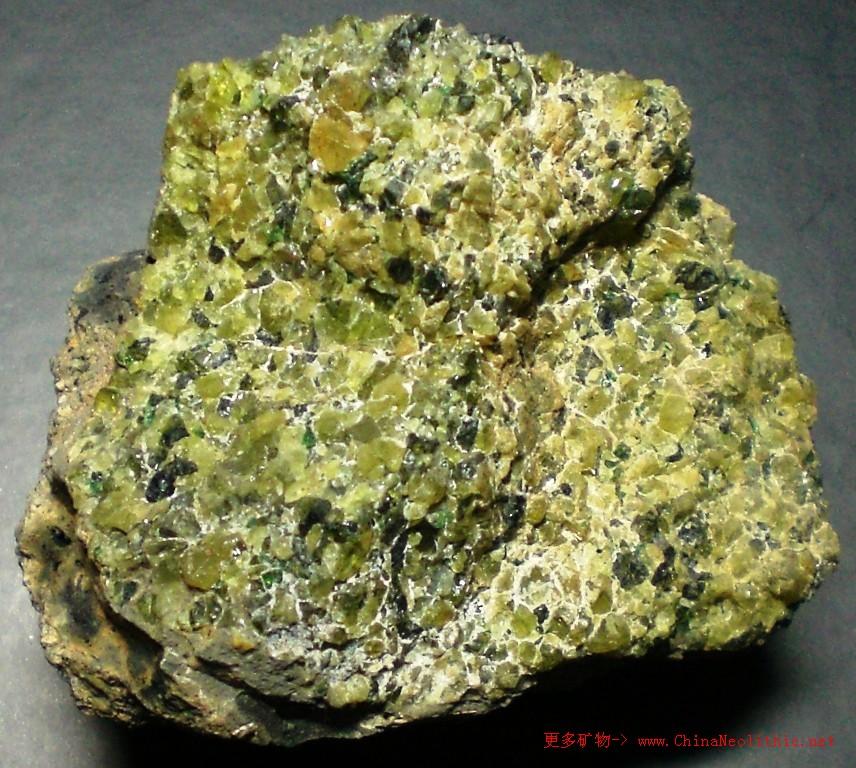 >> 矿物图片 >> 橄榄石-olivine