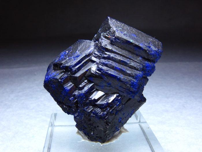 雄黄,菱锰矿,水晶,萤石,方解,电气石,碧玺,海蓝宝石,祖