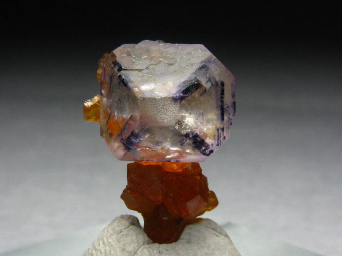 矿物晶体,矿物标本,宝石原料 石榴石,镜铁矿,红硅钙锰,锌